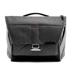 "Torba Peak Design Everyday Messenger 13"" 14L Charcoal V2 - Grafitowy"