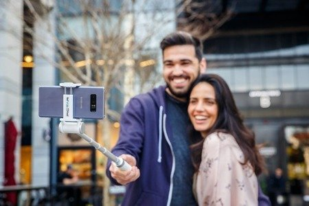 PICTAR Smart Selfie Stick Smoky White